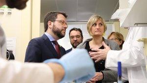 El vicepresident de la Generalitat, Pere Aragonès, y la consellera de Salut, Alba Vergès