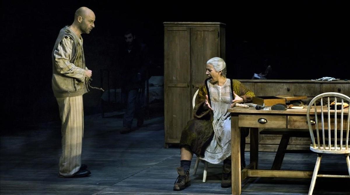 Eduard Farelo y Emma Vilarasau, en Si mireu el vent don ve.