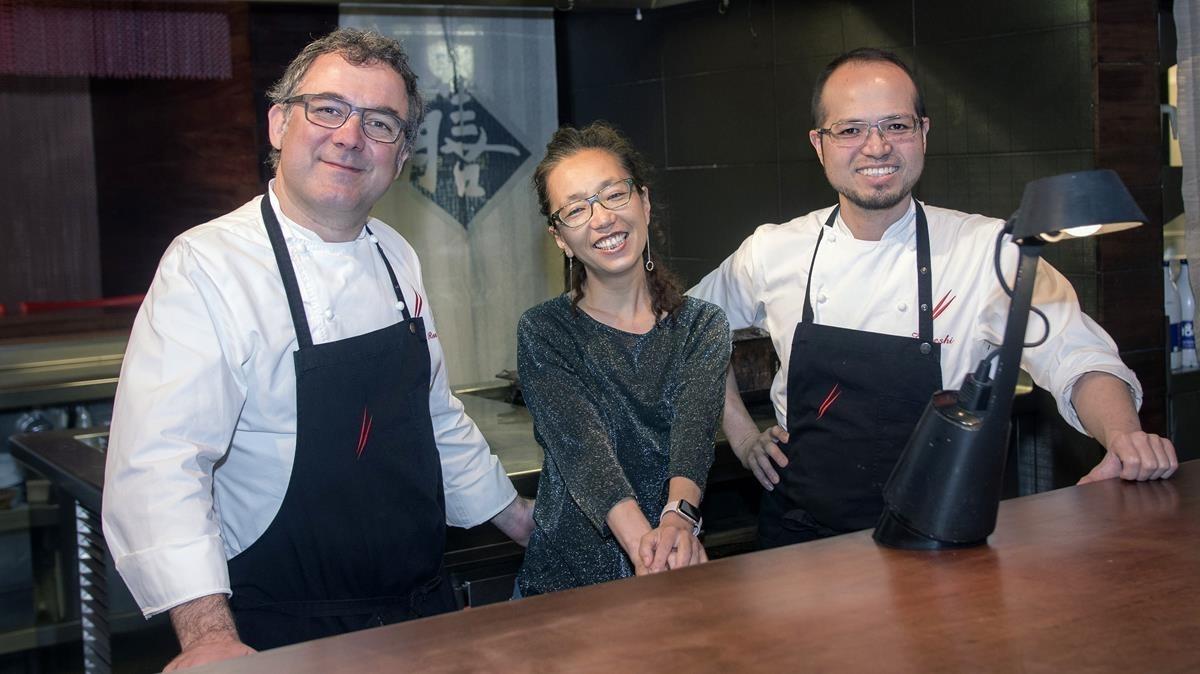 El trío palillero: Albert Raurich, Tamae Imachi y Takeshi Somekawa.