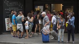 Turistas en la Rambla.