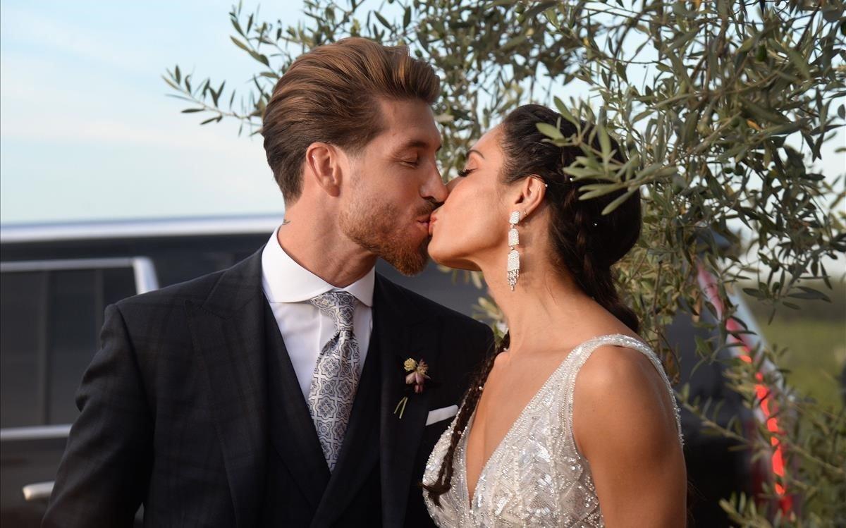 Sergio Ramos i Pilar Rubio mostren un posat amb els seus fills del dia del seu casament