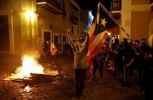 Protesta massiva a Puerto Rico exigint la renúncia del governador Roselló