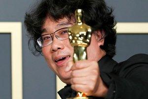 El director coreano fue el vencedor de los últimos Oscar.