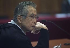 Alberto Fujimori asiste a su juicio en junio del 2016 en Lima.