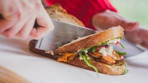 El bocadillo de boniato de Caravan Made, en el All Those Food Market.