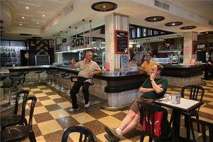 La cafetería Cosmos, de la Rambla 34.