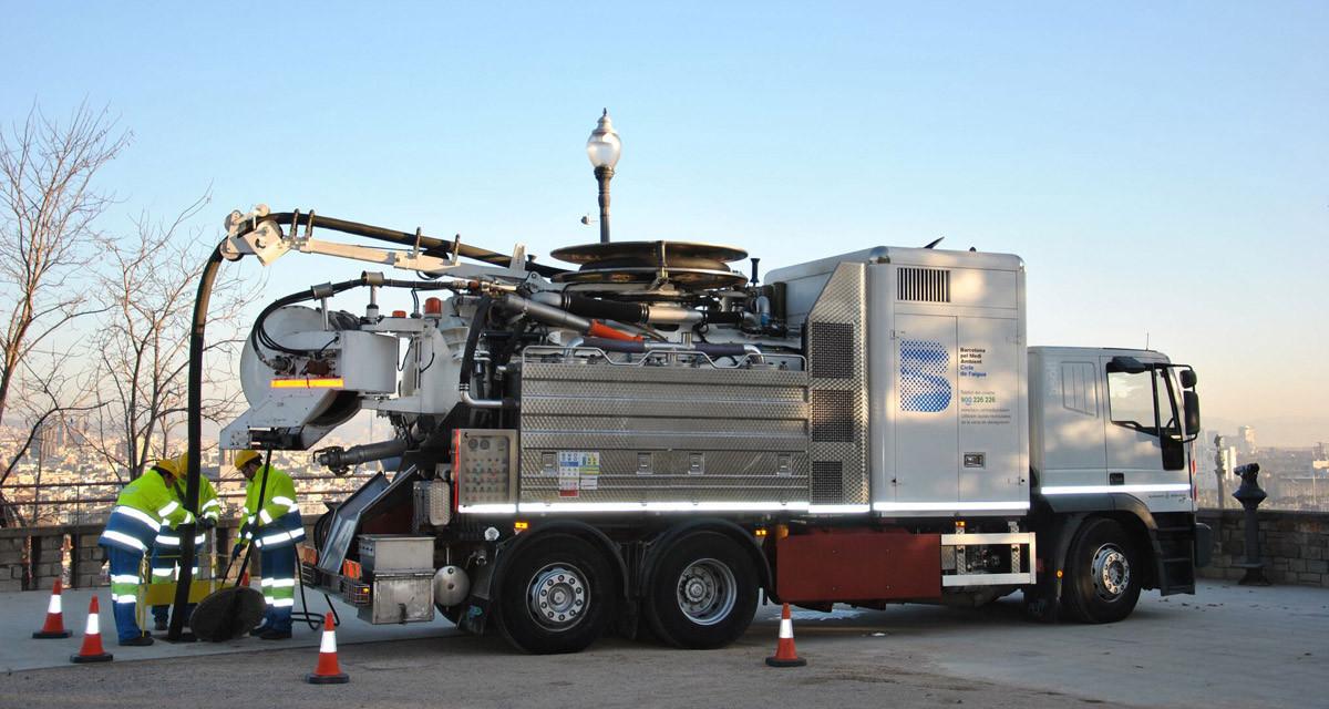 Camión 100% eléctrico para la limpieza del alcantarillado de Barcelona.