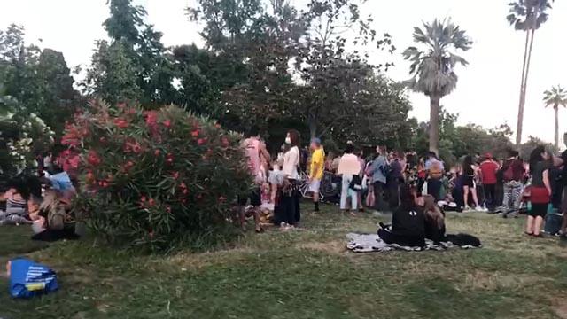 Ple a les platges i el parc de la Ciutadella de Barcelona