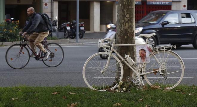 Bicicleta fantasma en la Diagonal