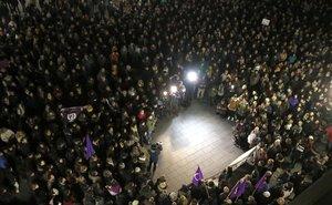 Concentración de rechazo a la violación múltiple de Sabadell.