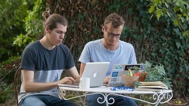 Dos estudiantes crean una herramienta para convertir voz a texto