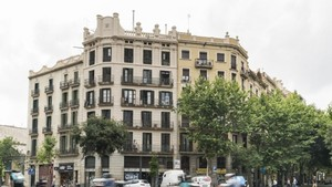 Edificio de la calle Aragó de Barcelona.