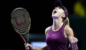 Elina Svitolina celebra con rabia su pase a la final tras derrotar a Kiki Bertens.