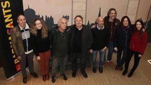 Foto de familia del concierto de Barnasants dedicado a Ramon Muntaner (en el centro de la imagen)