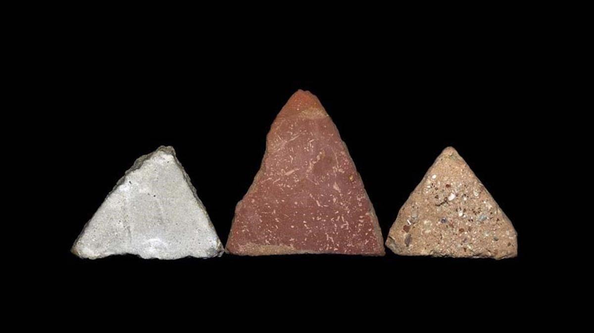 Fotografía de la serie 'My mountains' (2019).A lo largo de los años, Ribé ha guardado piedras que se cruzaban en su camino.