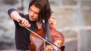 El violoncelista Gautier Capuçon clausuró la temporada de Ibercamera este miércoles en el Palau de la Música.
