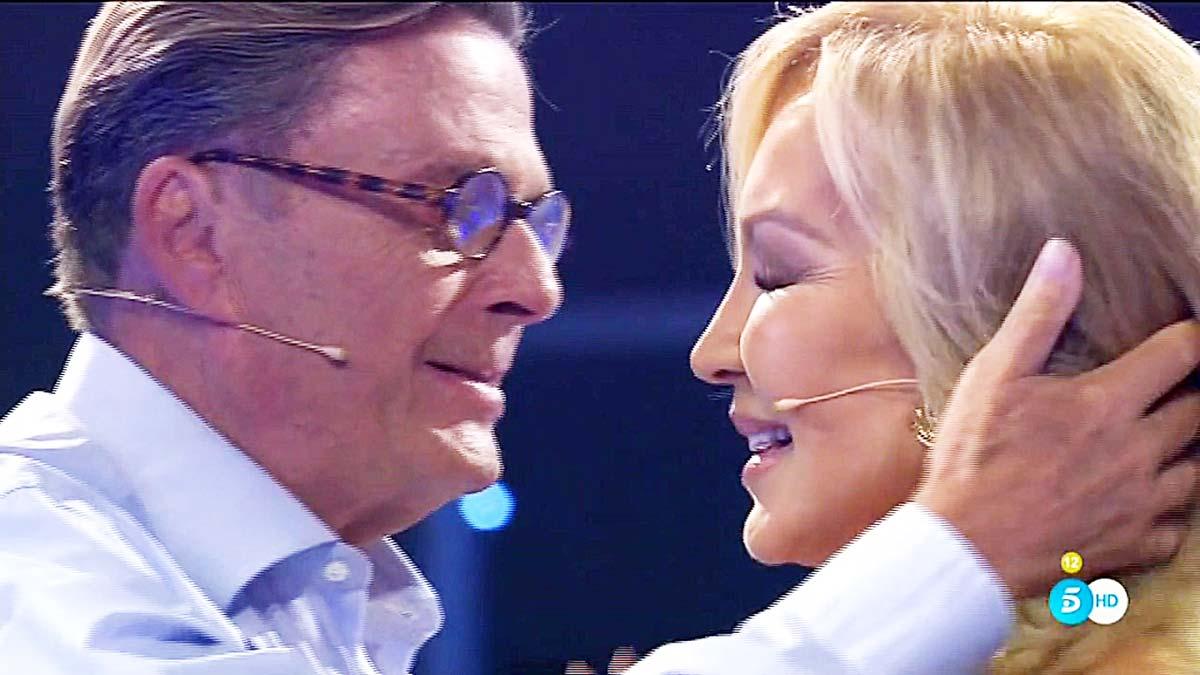 Carmen Lomana y Òscar, en Tele 5.