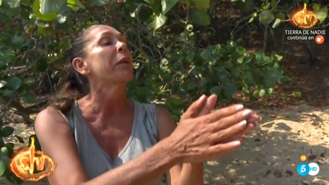 Isabel Pantoja actuando en 'Supervivientes'.