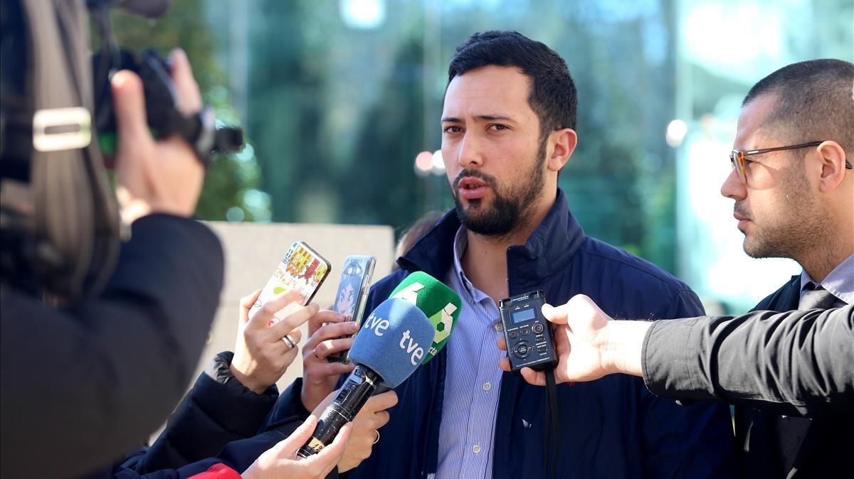 Miguel Arenas, el rapero Valtonyc, el pasado 8 de febrero a su salida de la Audiencia Nacional.
