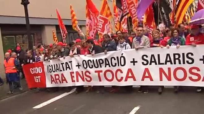 Los sindicatos se manifiestan en Barcelona el día del trabajador.