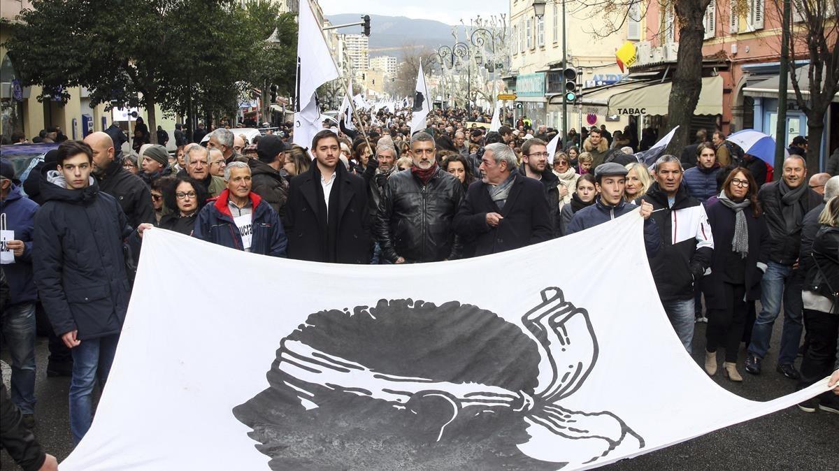 Manifestación en Ajaccio en favor de las reivindicaciones corsas, este sábado 3 de febrero.