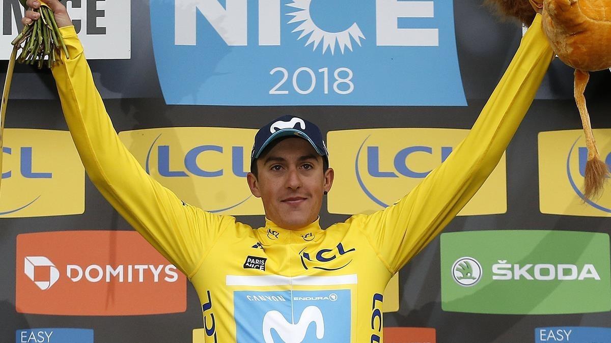 Marc Soler, con el jersey amarillo de ganador de la París Niza.