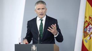 El ministro del Interior, Fernando Grande-Marlaska, comparece ante los medios tras el Consejo de Ministros celebrado en la Moncloa, este martes 26 de mayo.