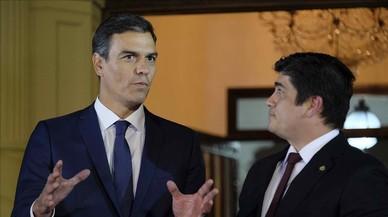 Sánchez se esfuerza en evitar la escalada y baja el tono con Torra