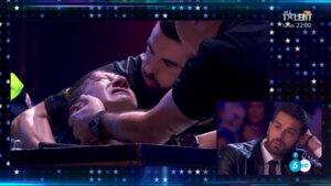 Pedro Volta, atendido por los médicos en 'Got Talent'.