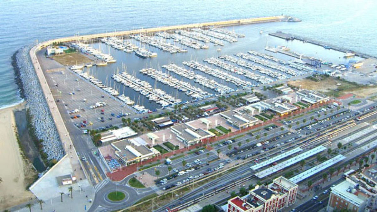 Vista del Port de Mataró.