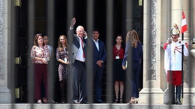 El presidente de Perú dimite salpicado por la corrupción