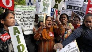 Protesta en Nueva Deli contra la violencia machista, este lunes.