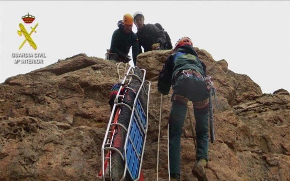 Imagen de archivo de un operativo de rescate de la Guardia Civil.