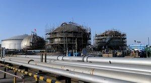 Planta de producción de petróleo de Saudi Aramco en Abqaiq (Arabia Saudi).