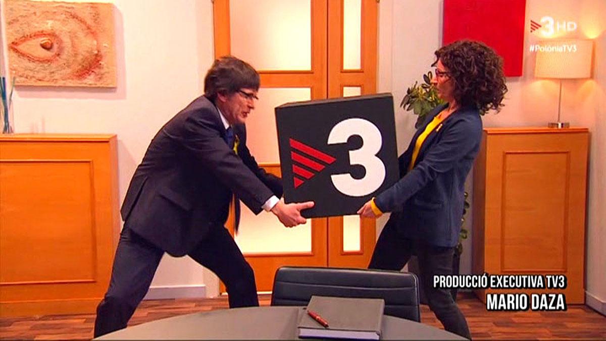 Peleando por hacerse conTV-3 (Polònia).