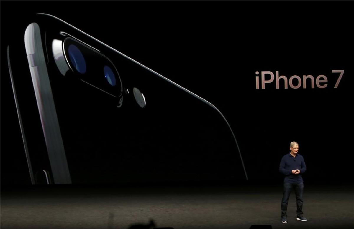 Tim Cook en la presentación del nuevo iPhone 7.