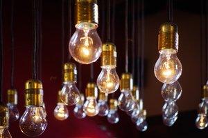 Según datos de la OCU, solo 1 de cada 10 consumidores conoce realmente el significado de la terminología que aparece en su factura de la luz.