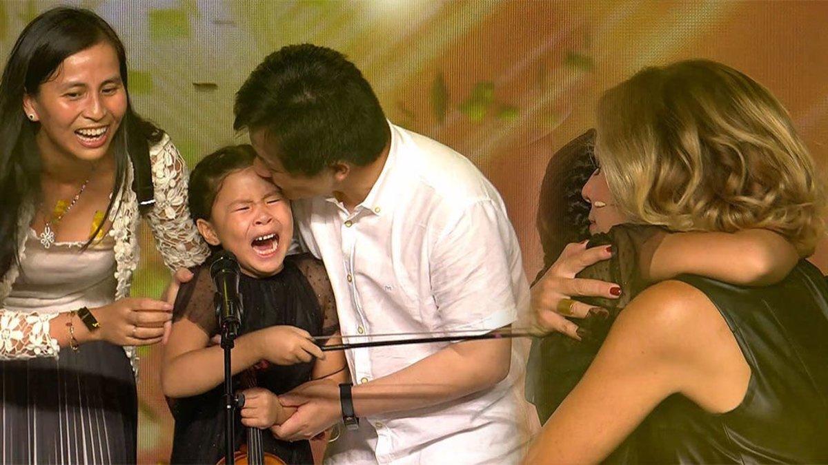 Una emocionada Eva Isanta otorga su primer pase de oro en 'Got Talent' a Youlan Lin, una niña prodigio con el violín