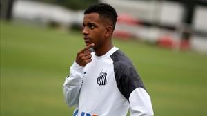 Rodrygo, en un entrenamiento del Santos, el pasado 5 de junio.