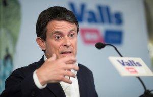 Valls aplaudeix el pacte de govern de Colau i Collboni