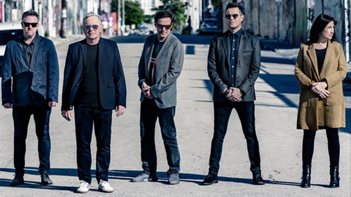 New Order, «l'encreuament perfecte de rock i electrònica», debuta a la Porta Ferrada