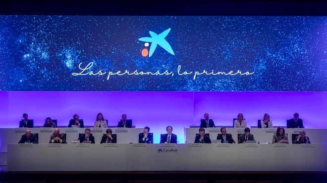 CaixaBank i els sindicats arriben a un preacord per l'ERO