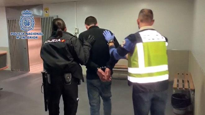 Detenen un home després de trobar la seva parella esquarterada a Alcalá de Henares