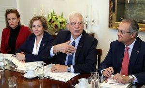 Borrell se reunió con representantes de las instituciones del Sistema de Verdad, Justicia, Reparación y No Repetición en Bogotá.