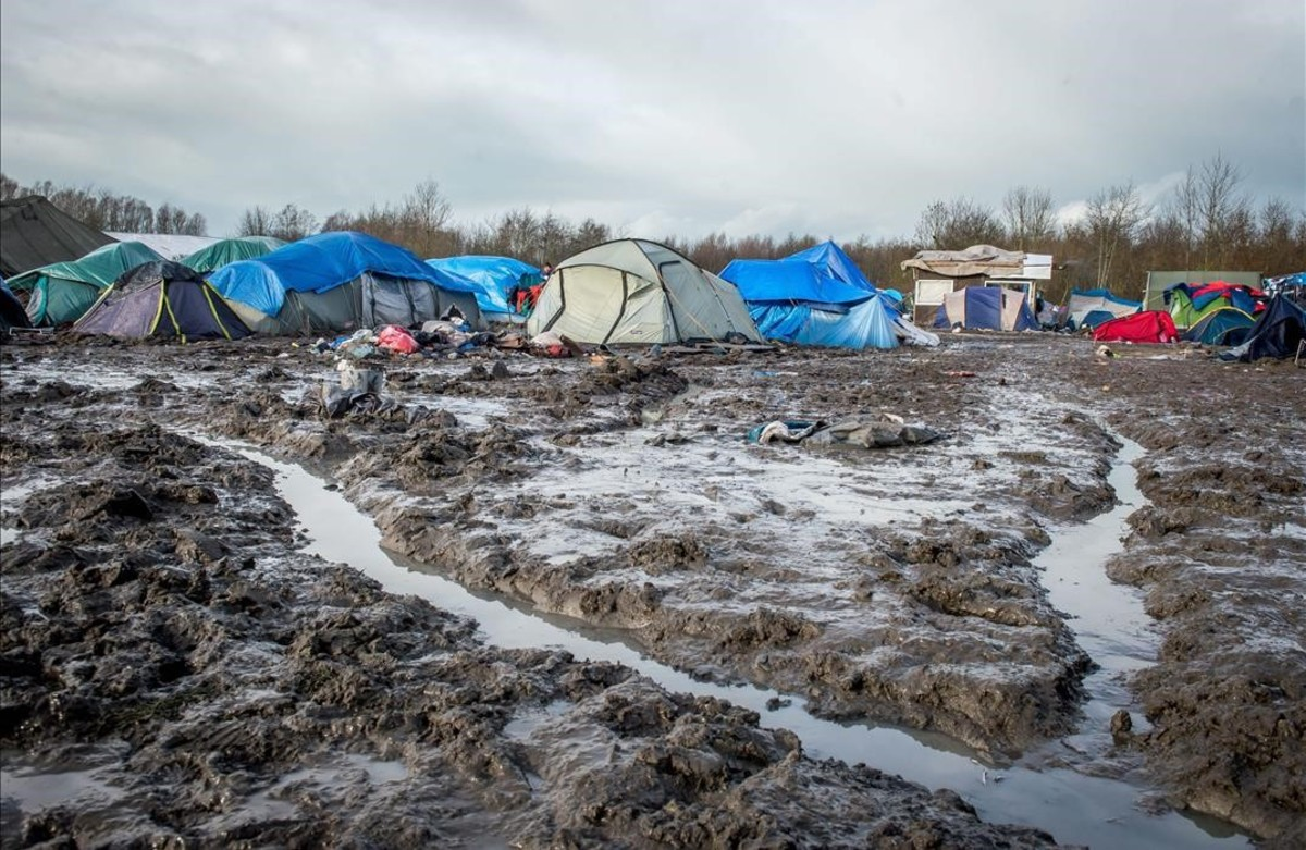 El campamento de refugiados en Grande-Synthe, en el norte de Francia.
