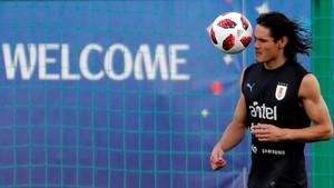 Cavani, en el último entrenamiento antes de que Uruguay se enfrente a Francia.