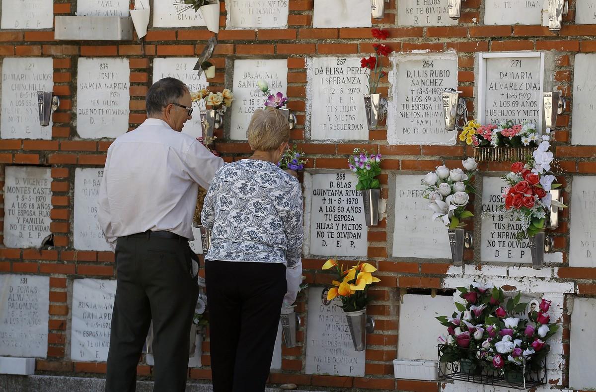 Imagen de archivo delcementerio de La Almudena (Madrid).