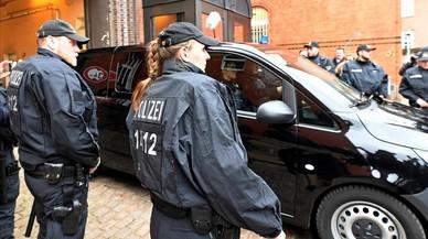 El juez mantiene en prisión preventiva a Puigdemont mientras resuelve la petición de extradición