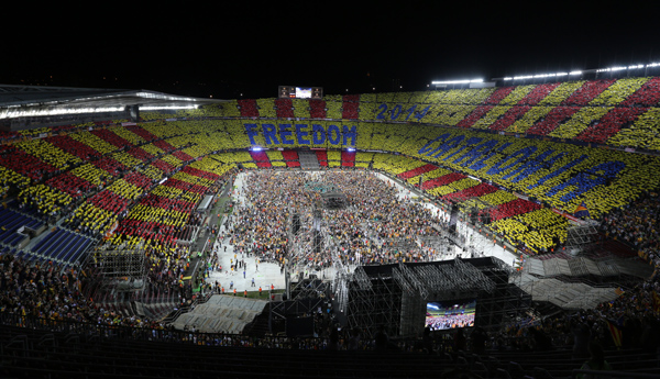 El Concert per la Llibertat va fer esclatar el clam independentista en una llarga desfilada artística.