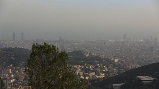 La contaminación de BCN sigue por encima de los valores recomendados